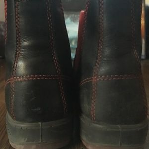 Blundstone Shoes - Red and Black Blundstones